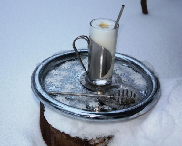 Ingwer-Honigmilch wärmt von innen