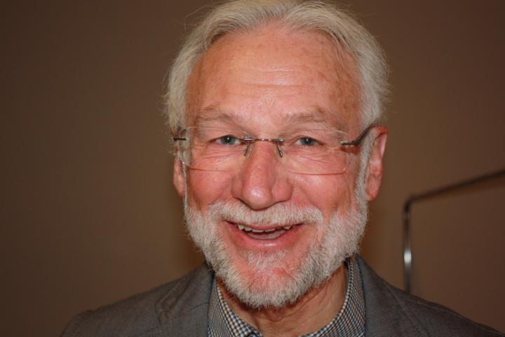 Dr Joachim Exner, Apitherapie mit Propolis
