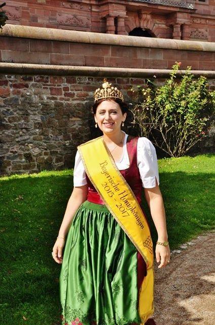 Honigkönigin - Sabrina Moriggl
